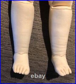 Barrois Simonne 1860 poupee on rare body separate toes