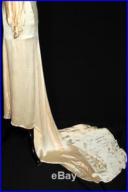 Exceptional Rare Vintage 1930's Long Peach Silk Satin Wedding Gown Size 2