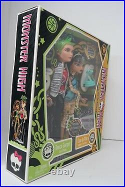 Monster High Cleo de Nile and Deuce Gorgon Dolls Pets Set 1st Wave 2009 RARE NEW
