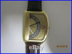 RARE- Wittnauer Sector Futurama 1000 Jump Hour Wrist Watch- LOW BUY IT NOW PRICE