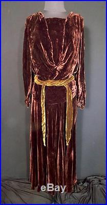 Rare Plus Size 16-18 Vintage 1920's-1930's Bias Cut Brown Velvet Evening Dress