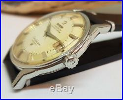 Rare Vintage 1963 Omega Constellation Pie Pan Silver Dial Date Auto Man's Watch
