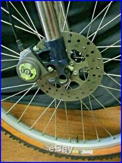 Rare Vintage Cannondale Super V 4000 Dh Active Head Shox Moto Down Hill Mtb Bike