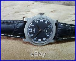 Rare Vintage Zenith Black Dial Unusual Lug Manual Wind Case MID Size Watch