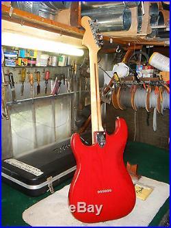 VINTAGE 1979 FENDER STRATOCASTER GUITAR RARE TRANS RED With OHSC EXCELLENT 100%